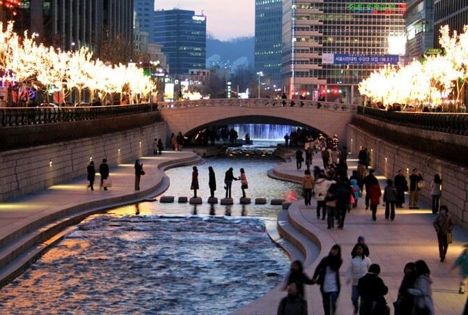 du lịch hàn quốc - Suối Cheonggyecheon