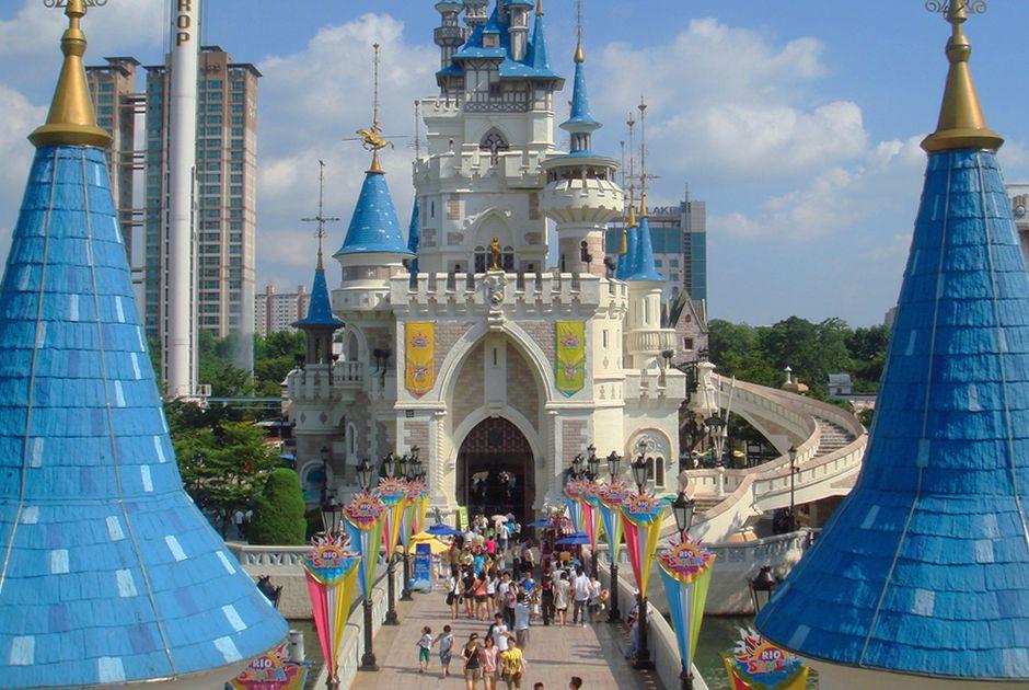 Du lịch Hà Quốc - Lotte World